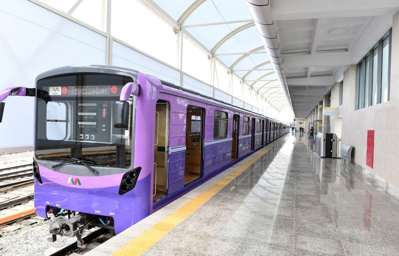 В Баку строится наземная станция метро