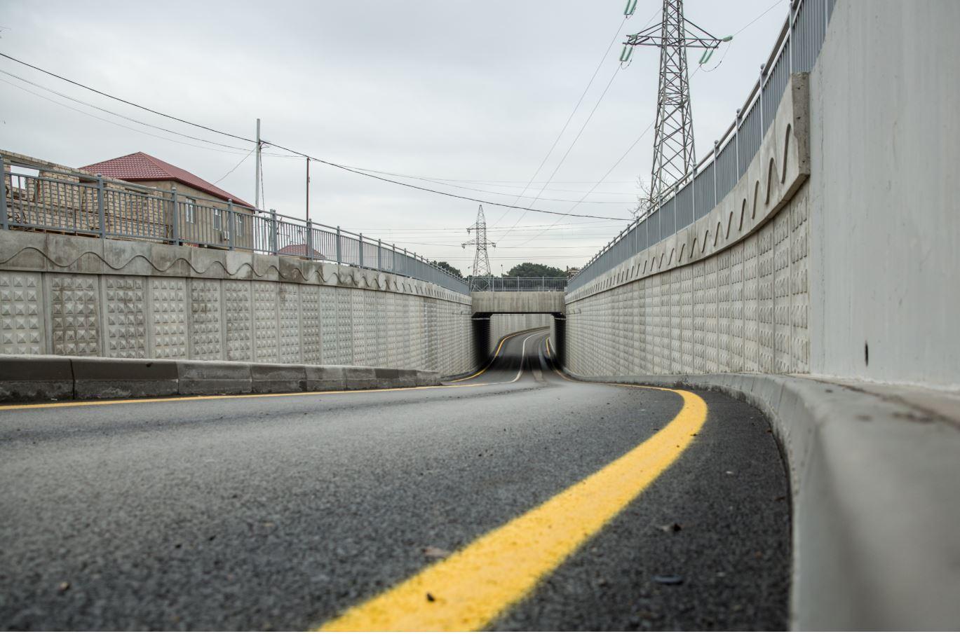 В Баку открыт новый автомобильный переезд