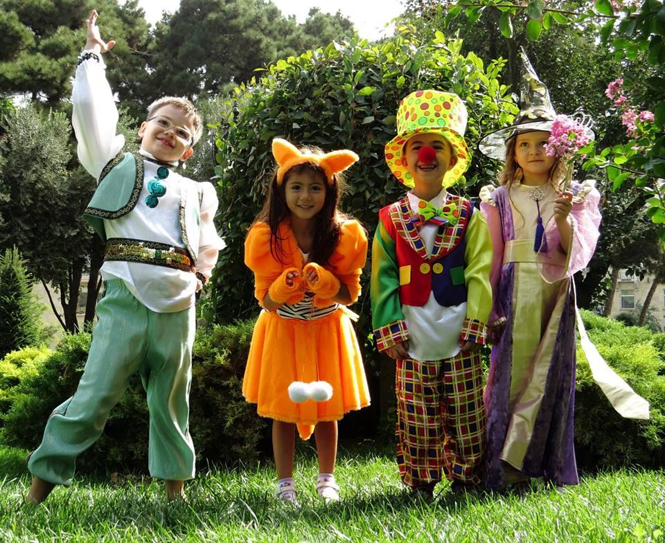 Прокат сценических костюмов для детей