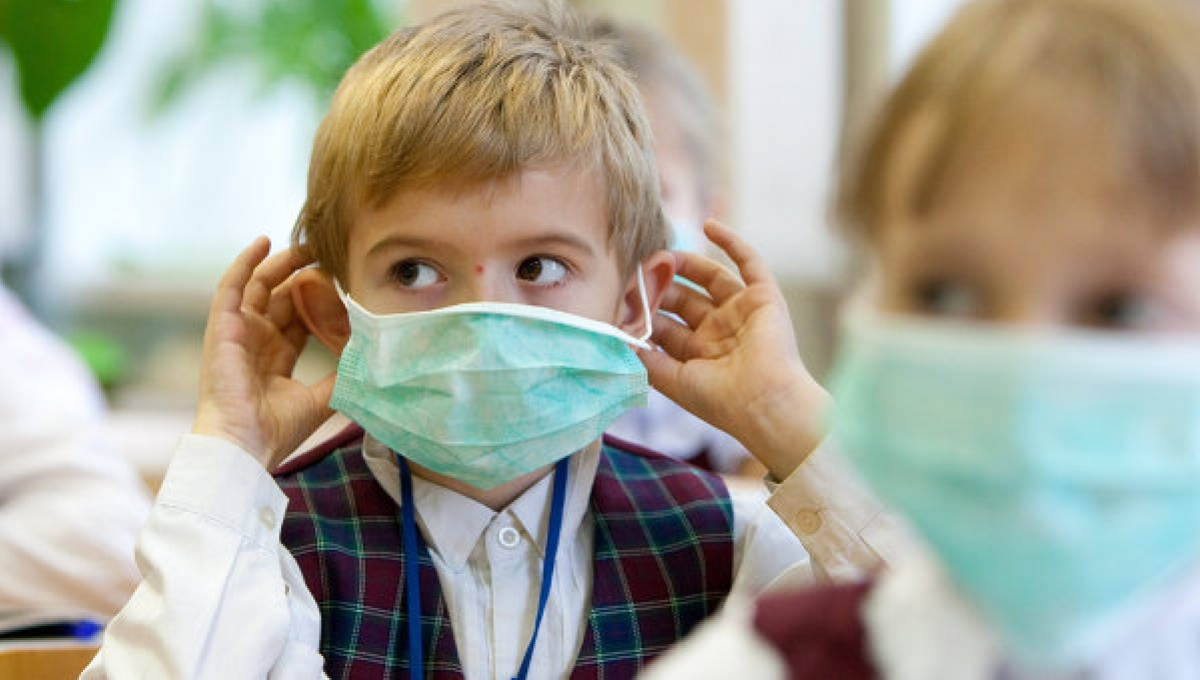 Больные гриппом школьники будут освобождаться от уроков