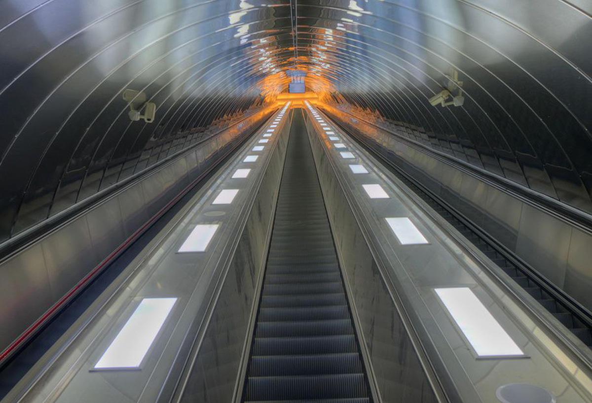 Бакинский метрополитен закупил 25 эскалаторов