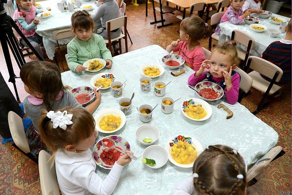 Усилен контроль над продовольственным обеспечением в детских садах Баку