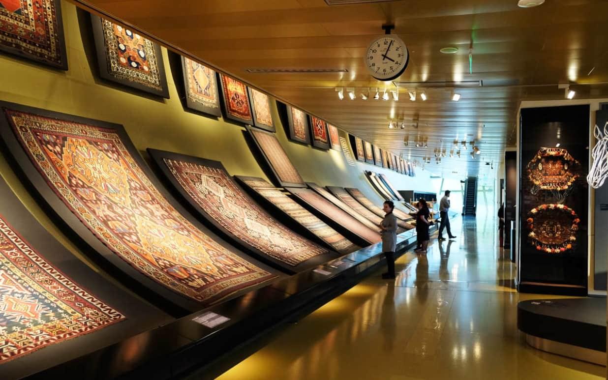 Музеи страны открылись для посетителей