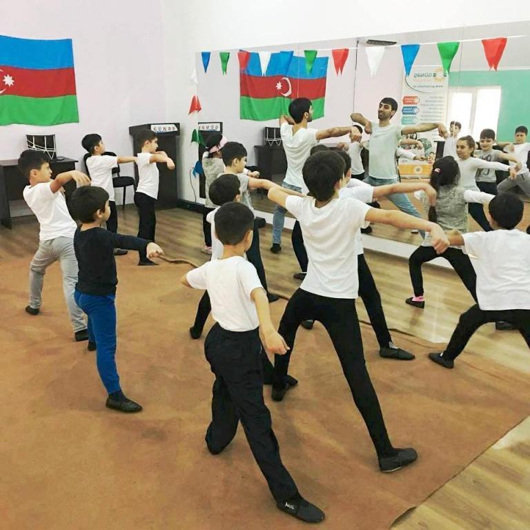 """""""Xile Dance Group"""""""