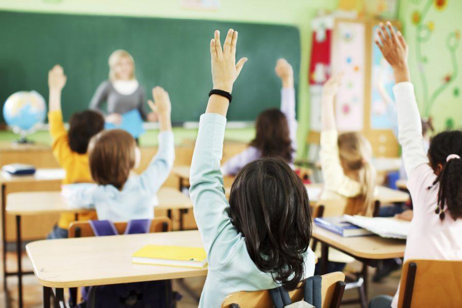 В Азербайджане отменяется ограничение по возрасту при приеме в первый класс