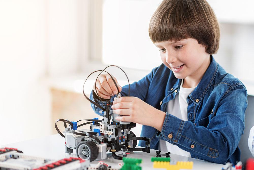 Летняя онлайн-школа от Engineering For  Kids Azerbaijan