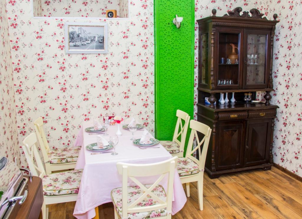 """Семейный ресторан """"Matruşka"""""""