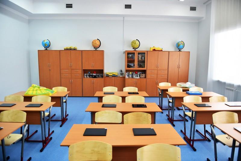 В Азербайджане школы смогут заниматься бизнесом