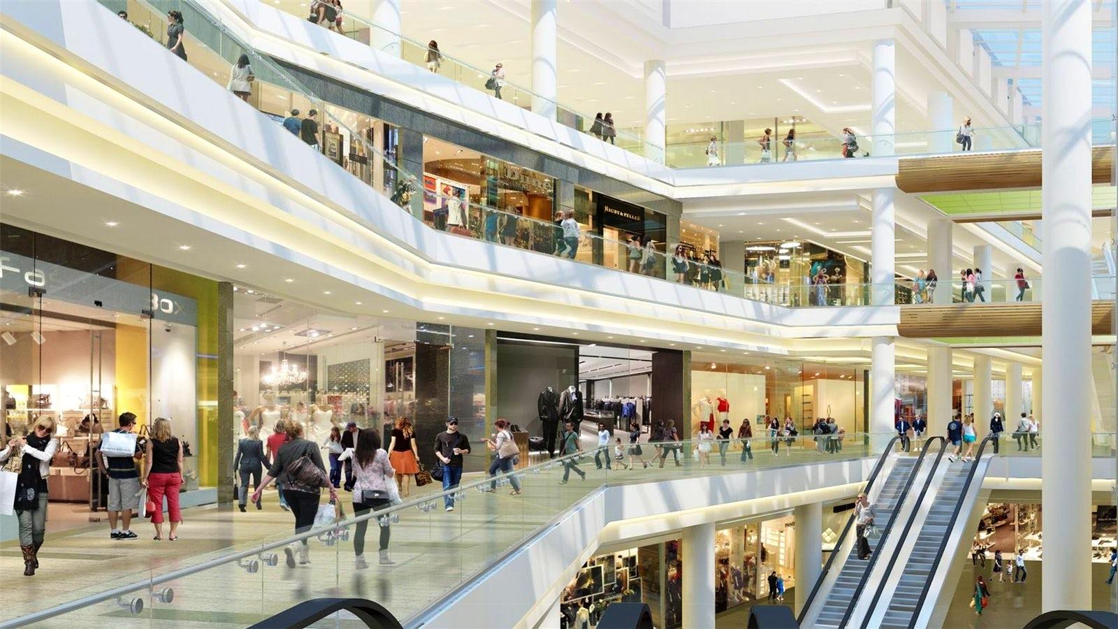 В Азербайджане закрываются крупные торговые центры и моллы