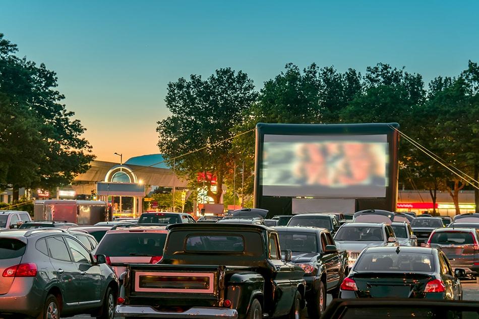 В Баку открываются кинотеатры формата «drive-in»