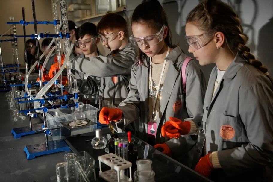 В Баку запускается новый научно-популярный проект