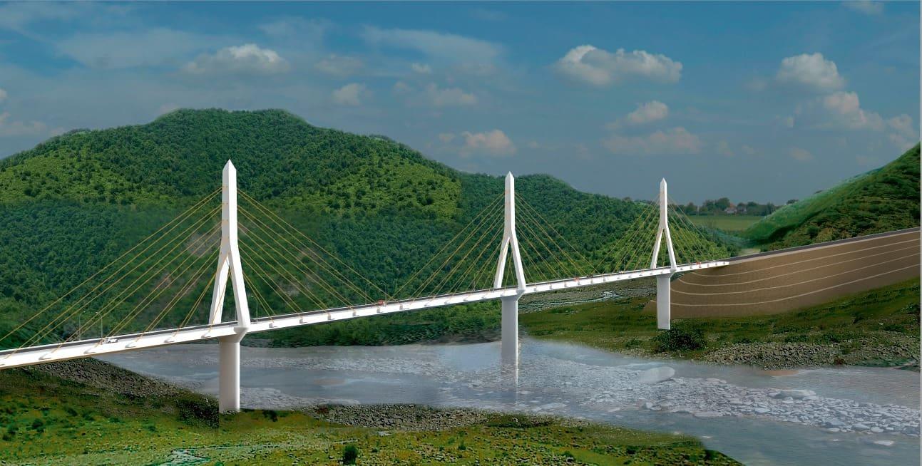 В Азербайджане строится подвесной мост