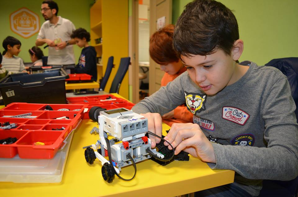 "Summer School  в ""Engineering For Kids"""