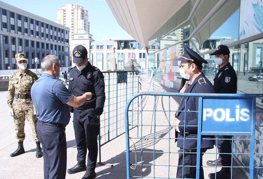 В Баку смягчают коронарежим