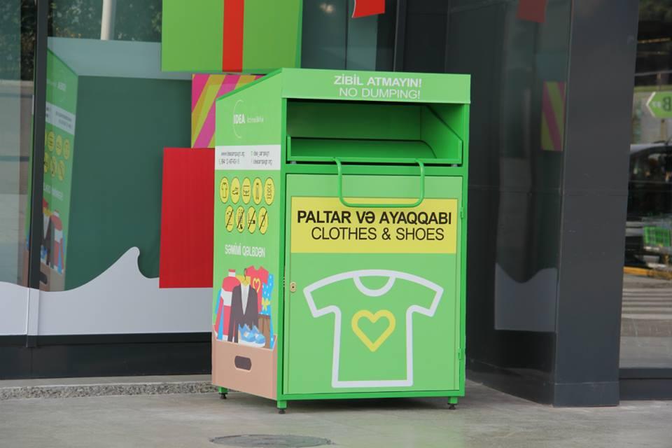 Новые контейнеры для сбора неиспользуемой одежды и обуви в Баку
