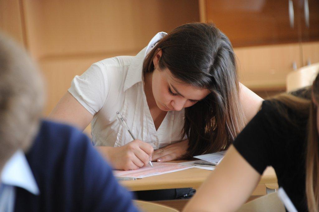2 и 3 июля в Азербайджане пройдут выпускные экзамены
