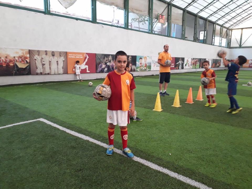 "Футбольная школа ""Galatasaray"""