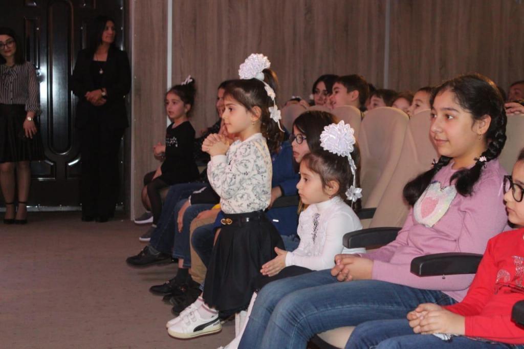 В Баку открылся еще один кукольный театр