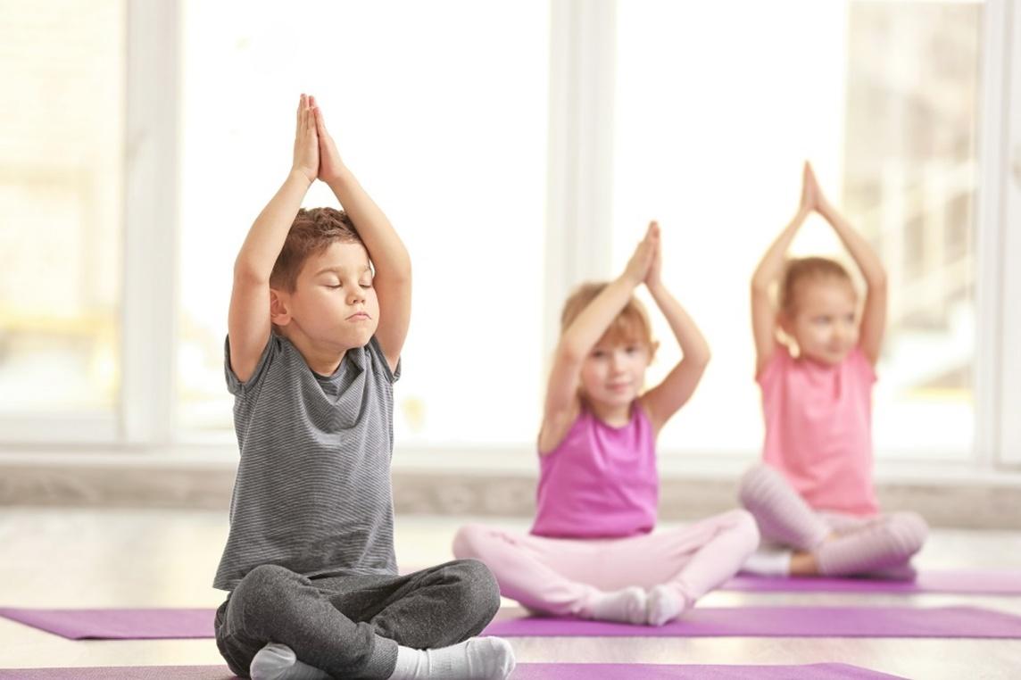 Занятия йоги для детей с