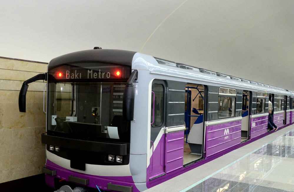 В Баку появятся еще две новые станции метро