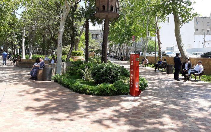 В центре Баку установлены бесплатные санитайзеры