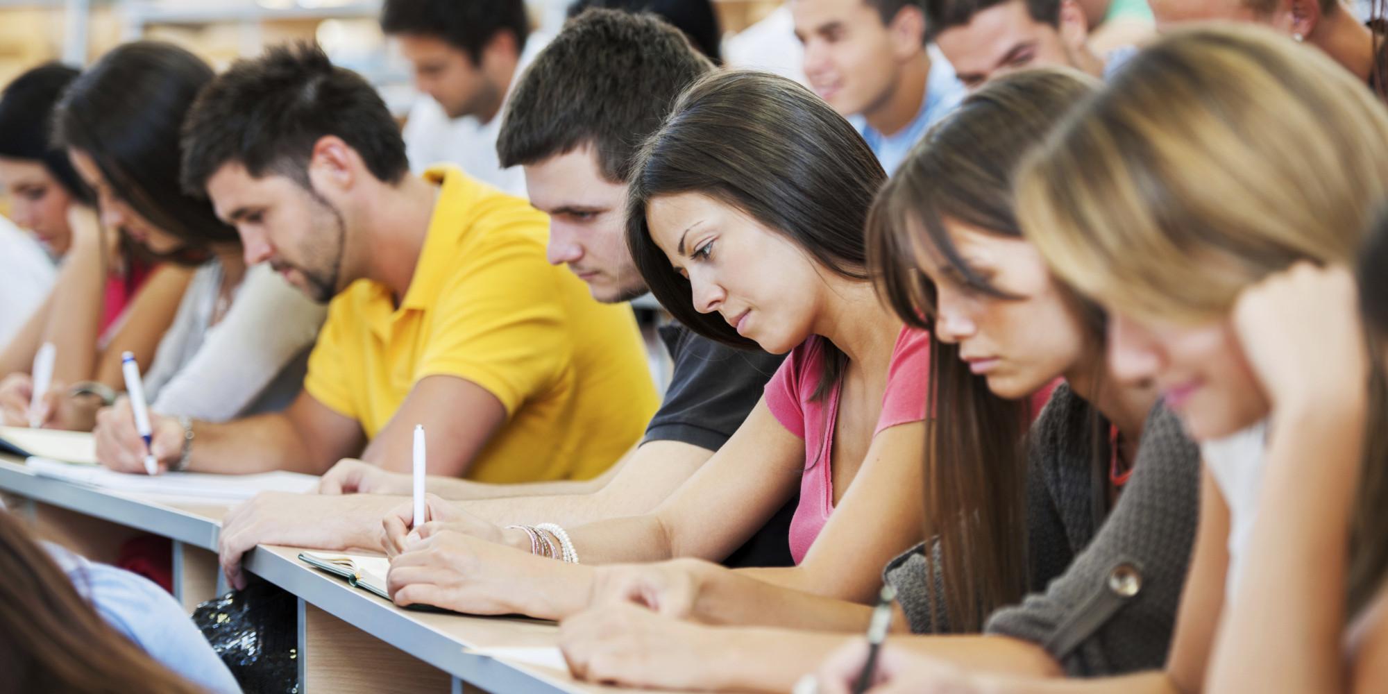 В Азербайджане больше студентов будут обучаться бесплатно