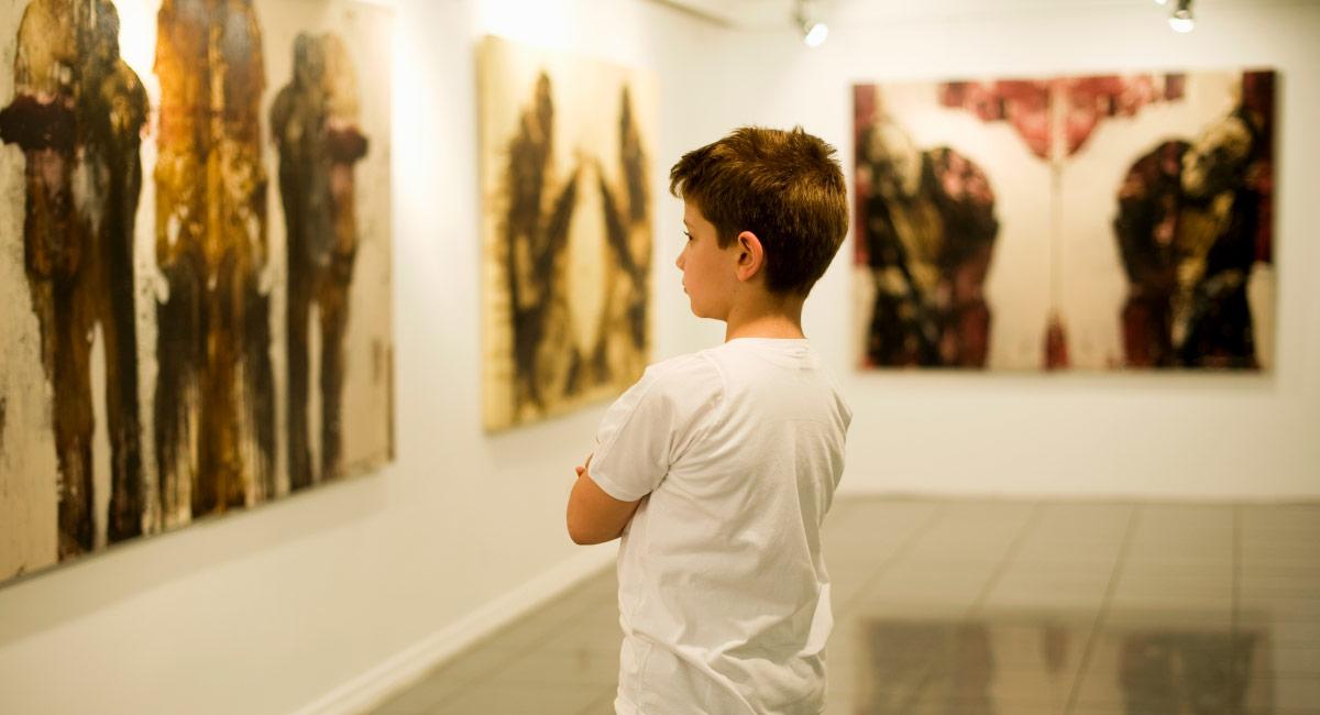 Как правильно рассматривать картины и говорить с ребёнком о живописи
