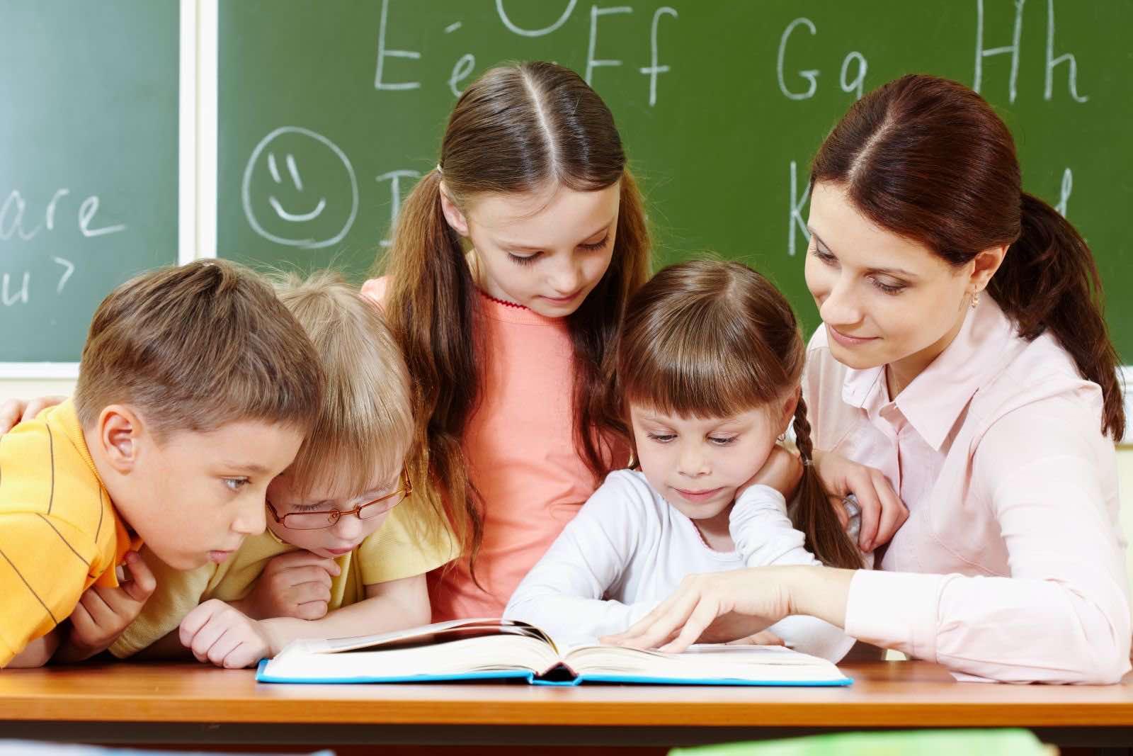 Упрощается процедура приема детей в первый класс