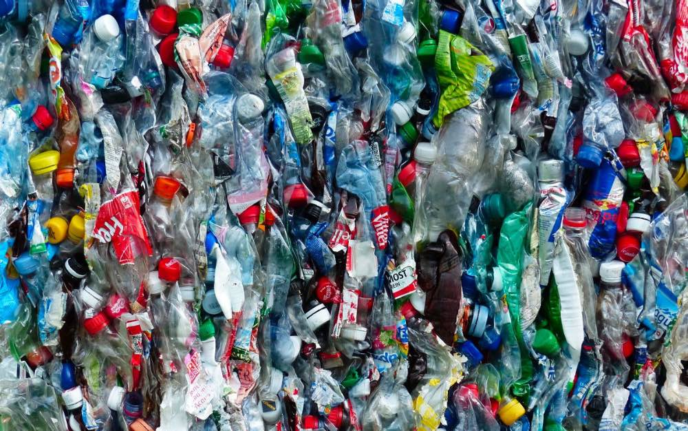 Утвержден План мероприятий относительно отходов пластиковой тары