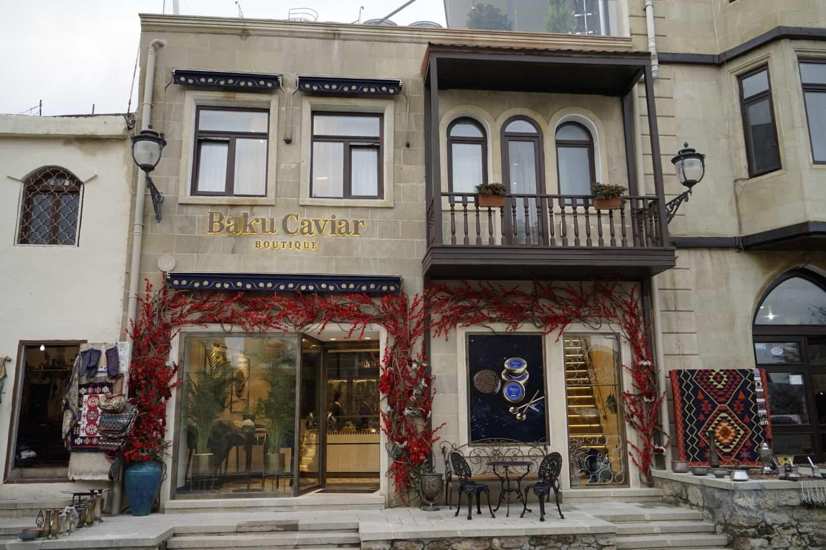 В Азербайджане открылся первый икорный бутик