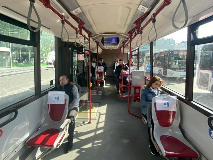 Началась установка прозрачных кабин в общественном транспорте