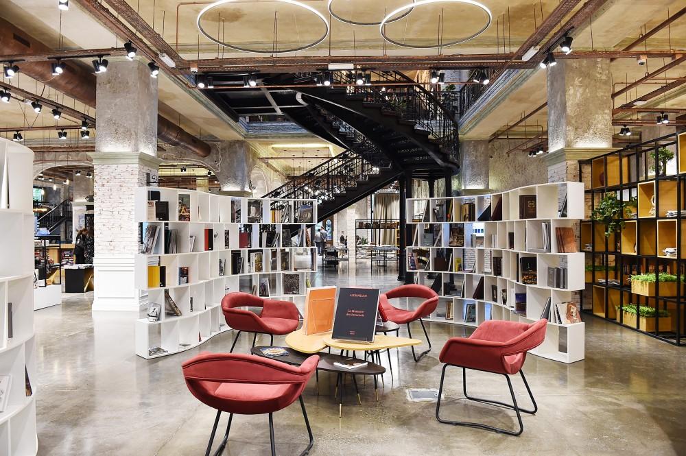 В Баку открылся многофункциональный книжный центр (ФОТО)