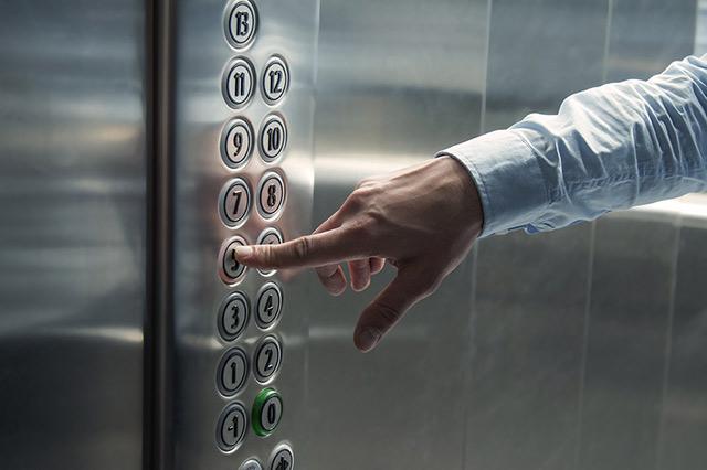 В Баку будут доставлены новые лифты