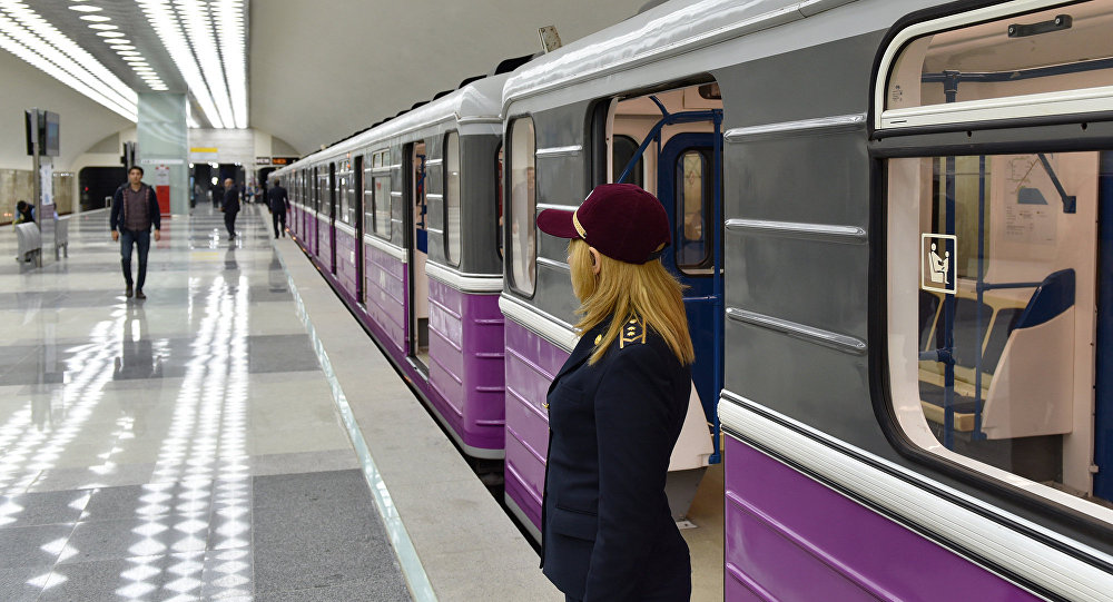 Бакинское метро будет работать до утра