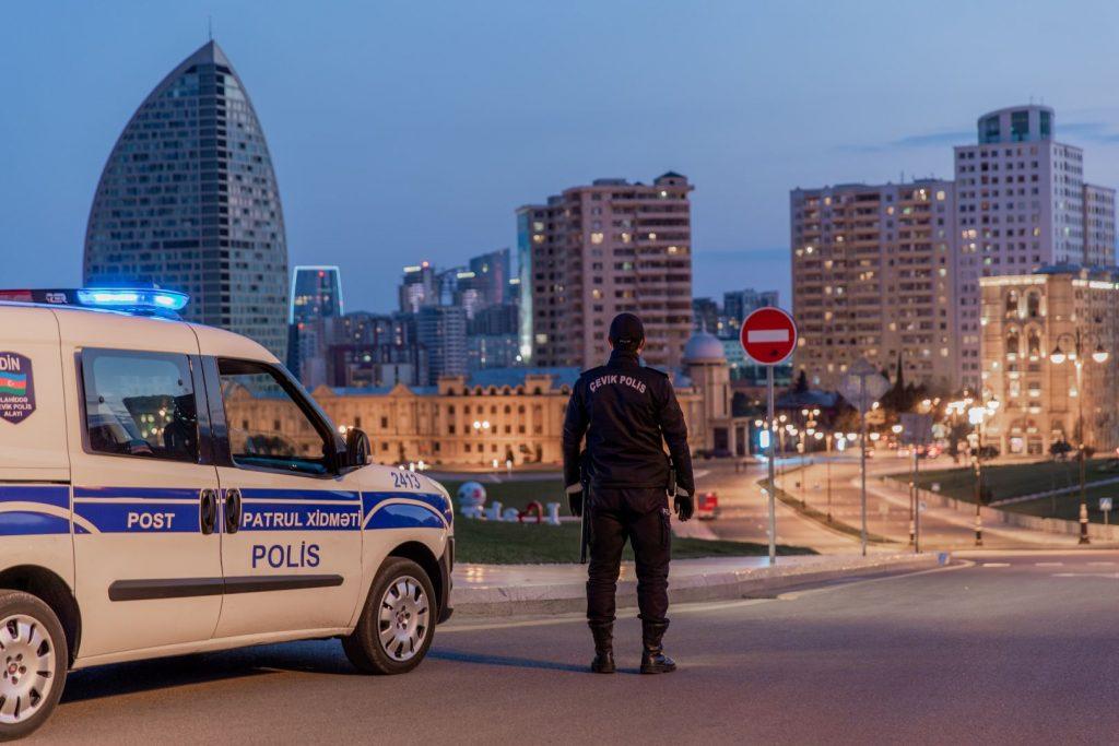 В Азербайджане смягчается режим ужесточенного карантина