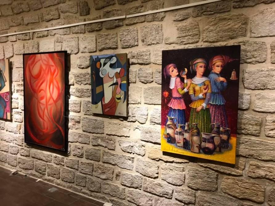 В Ичеришехер открылась выставка «Женские тайны»