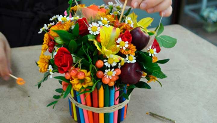Цветочная композиция из живых цветов своими руками на день учителя 9