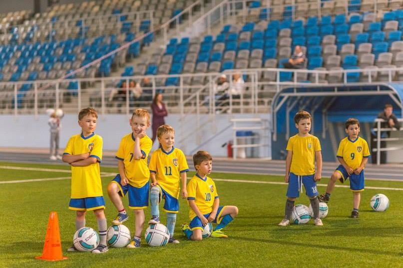 Открытые уроки в футбольной школе