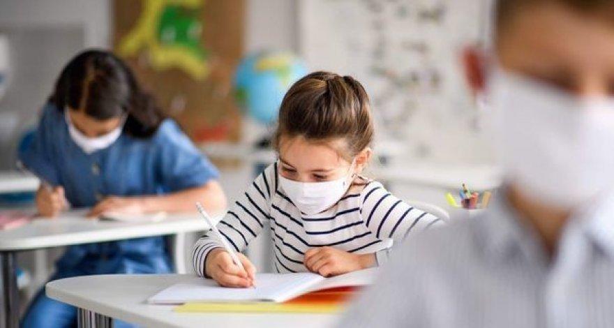 В Азербайджане не планируется перевод учебных заведений на дистанционное обучение