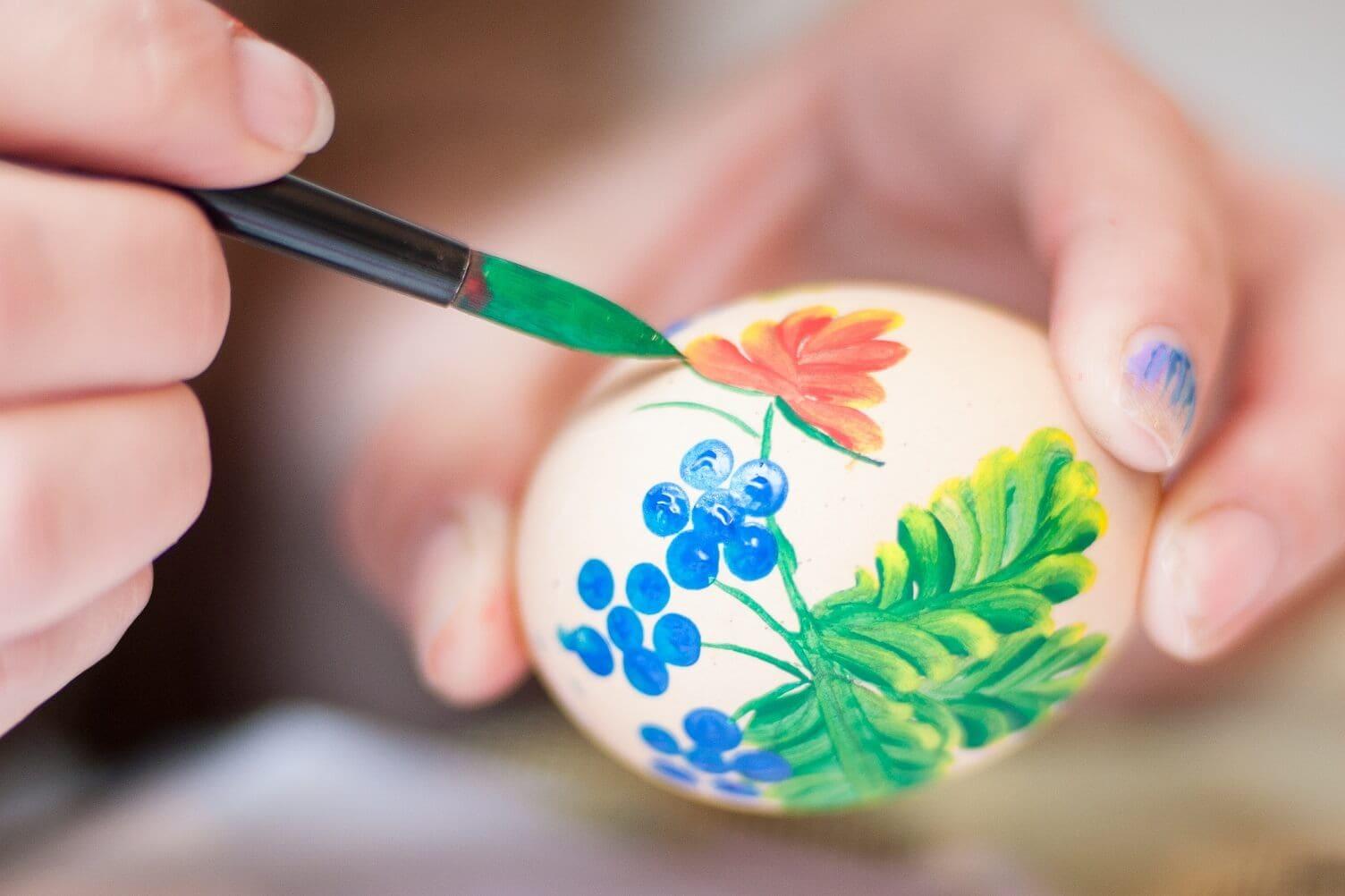 Мастер-класс по росписи яиц в 27qm - Tarana's Gallery and Café